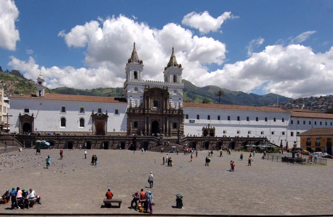 Ecuador Paso a Paso